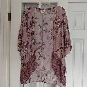 Kimono, rose color, short sleeve.